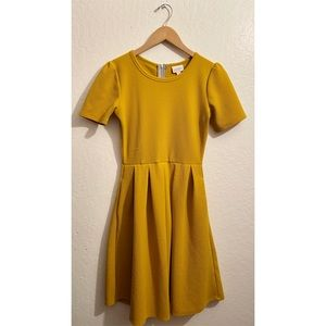 LuLaRoe Mustard Yellow Amelia Dress With Pockets